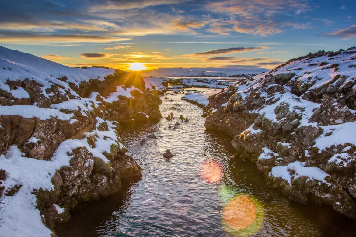 silfra diving snorkeling tectonic plates iceland