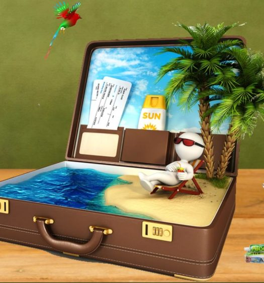 8 objects gadgets green holiday responsible travel tourism sustainable