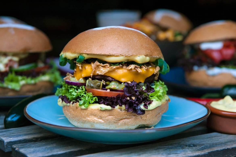 vegan burger vegan brothers amsterdam best burgers in amsterdam