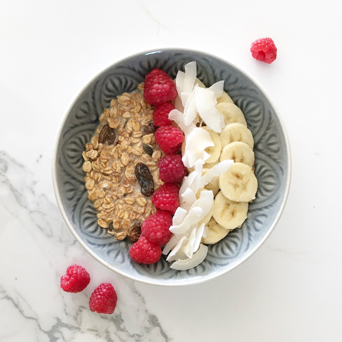 vegan muesli bowl