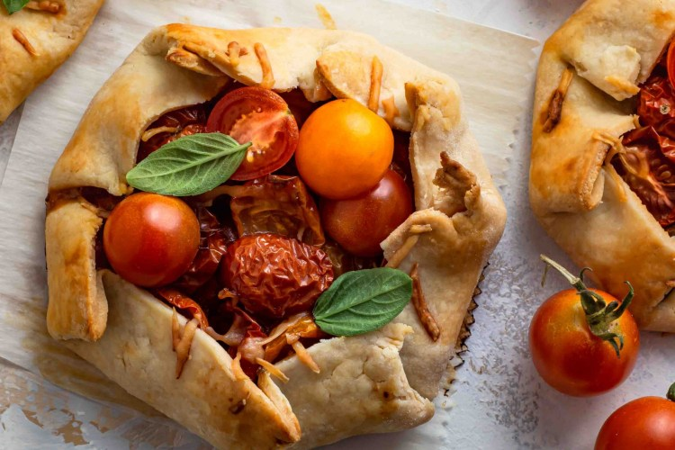 Cherry Tomato Pesto Galette