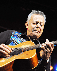 Tommy Emmanuel - Top 25 Fingerstyle Guitar Players