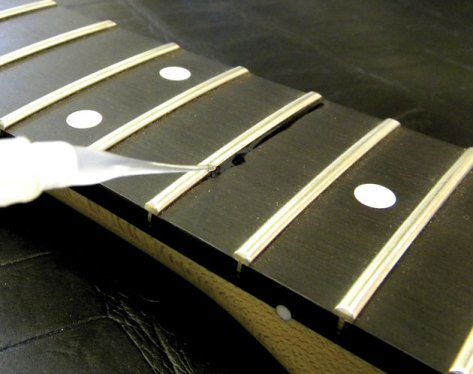 Acoustic Guitar Fret Seating
