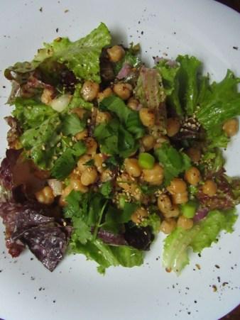 Chickpeas salad with Nepali flavor