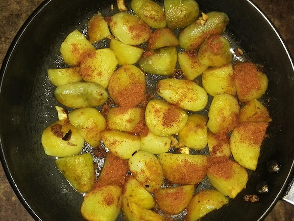 fried potatoes with timur choup