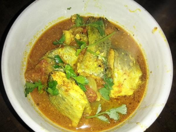 आलो ट्राउट माछाको झोल  (Trout Curry-Soup)