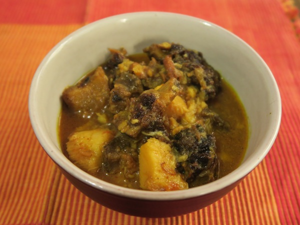 Pindalu ra Sukuti ko Tarkari (Taro and Smoke-dried Meat Curry)
