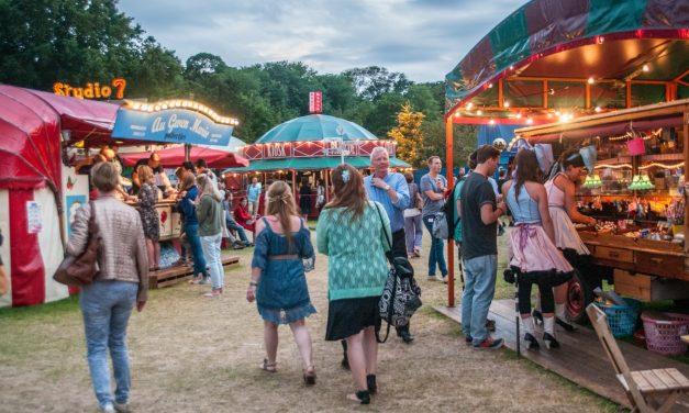 Travelling Theatre Festival:  De Parade