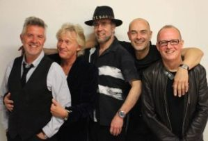 Manfred Mann's Earth Band - Greatest Hits Tour @ Boerderij Cultuurpodium