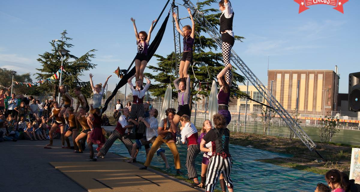 Festival Het Circus Attracts Over 10,000