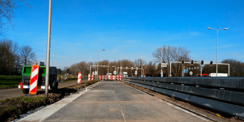 'SolaRoad' Solar Road Surface Comes to Holland
