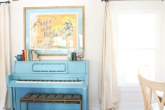 blue_piano-scaled