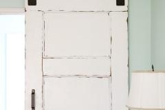 barn_door_front_view