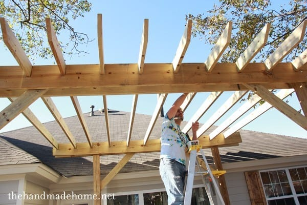 How to Build a pergola – Cross supports - How To Build A Pergola - An Easy DIY Build Anyone Can Do