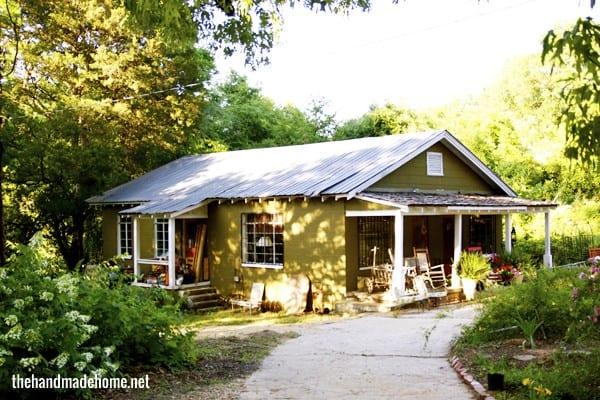blue_willow_home_&_farm