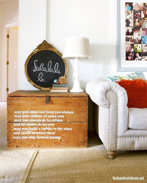 deck_the_halls_chalkboard_art