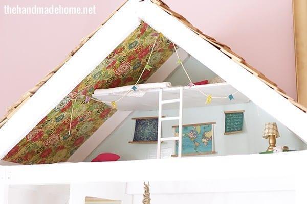 decorating_a_dollhouse
