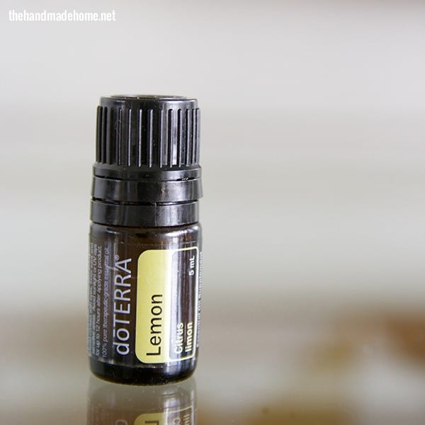 lemon_essential_oil