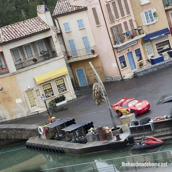 cars_stunt_show