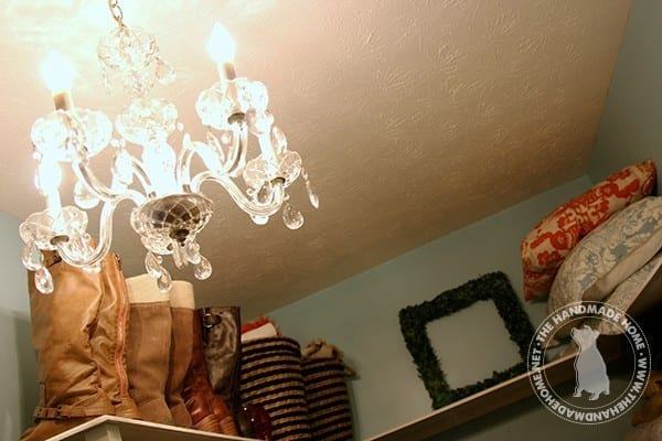 closet_chandelier