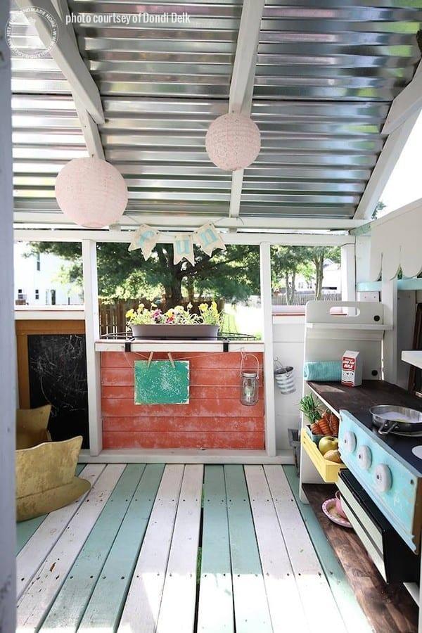handmade_hideawayplayhouse-cottage