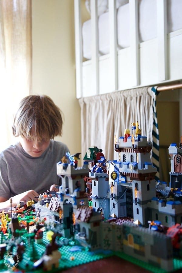 bedheads_and_legos
