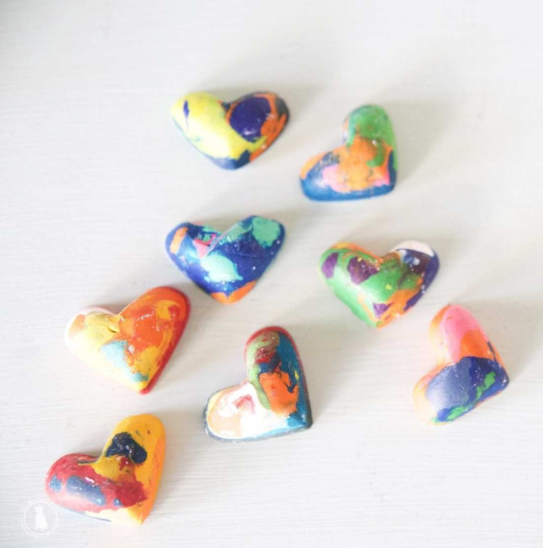 valentines heart crayons