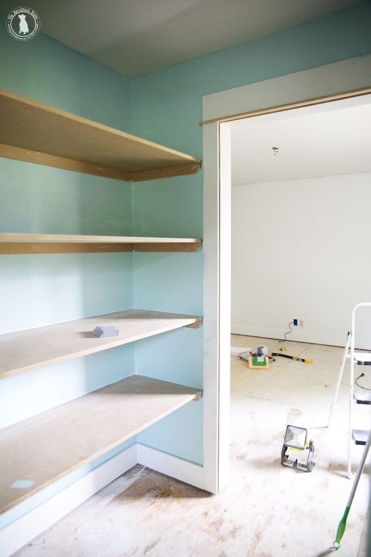 closet_blue