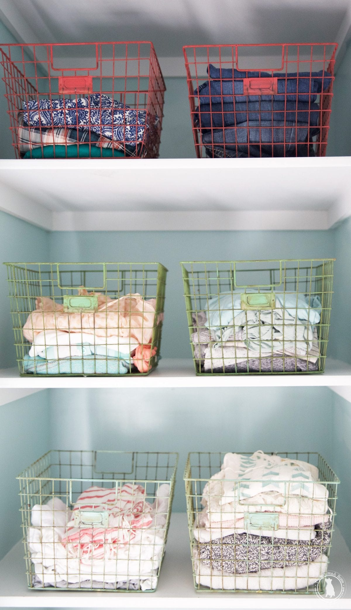 colorful_wire_locker_shelves