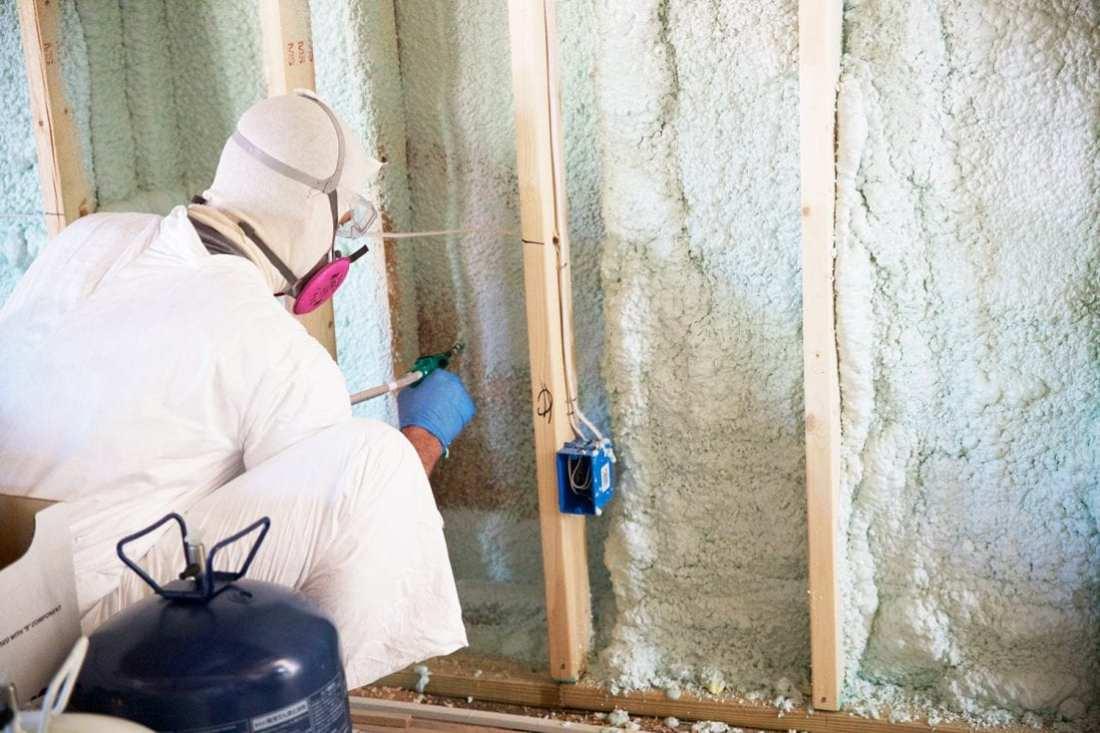 how to use spray insulation - diy spray foam