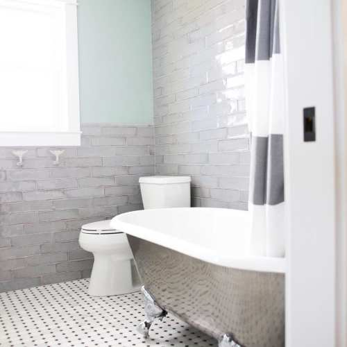 tips and tricks for designing a small bathroom