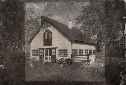 Ron Anderson (Kansas City, MO) Longview Farm Hospital Barn, 1916 & 2016 Photographic transfer on metal