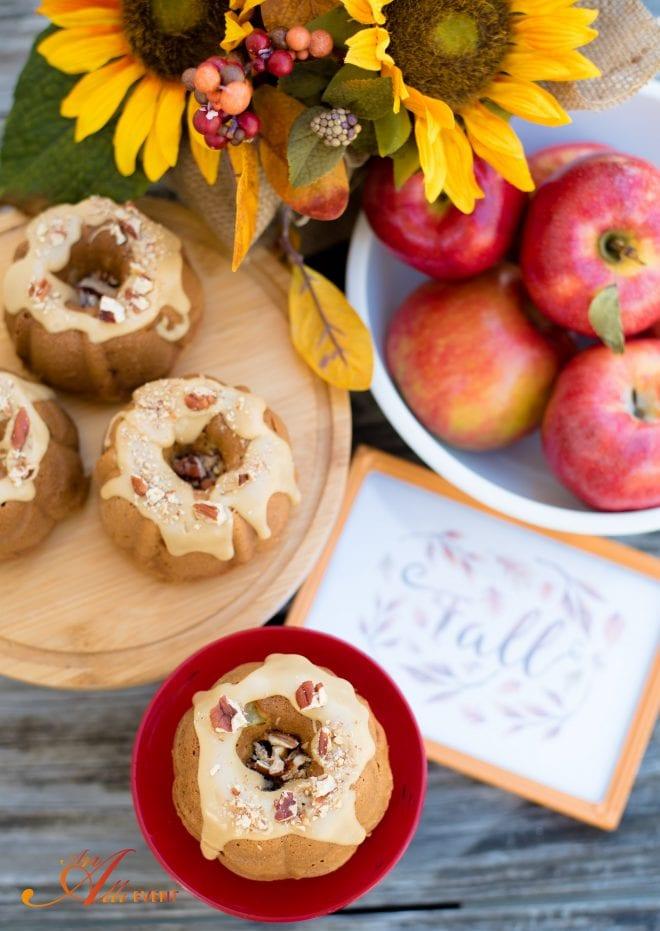 Apple Bundt Cake Praline Frosting