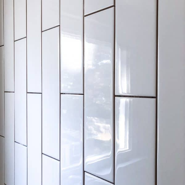 how to install vertical subway tile