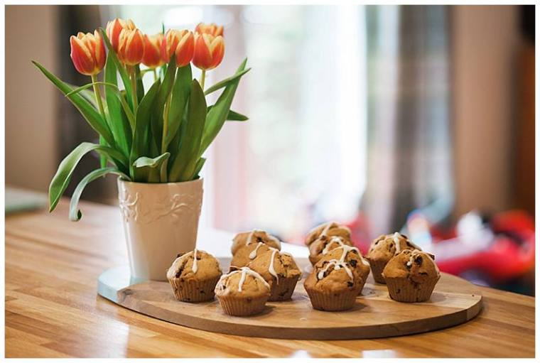 tulips and hot cross buns