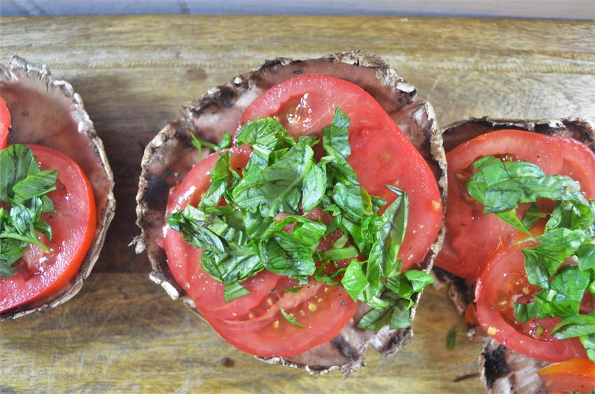 caprese portobello stuffed mushrooms balsamic reduction