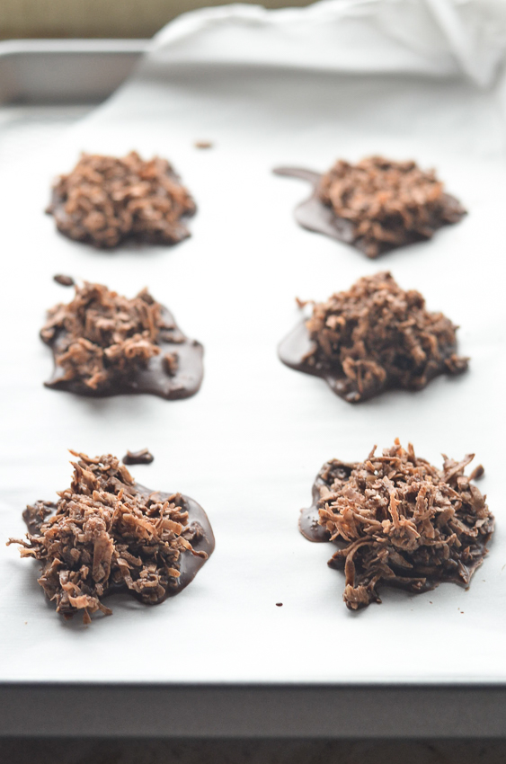 One of the tastiest 5 minute desserts ever, these no-bake chocolate coconut clusters are incredibly simple to make! Keto, Paleo, sugar-free, dairy-free, gluten-free, grain-free.