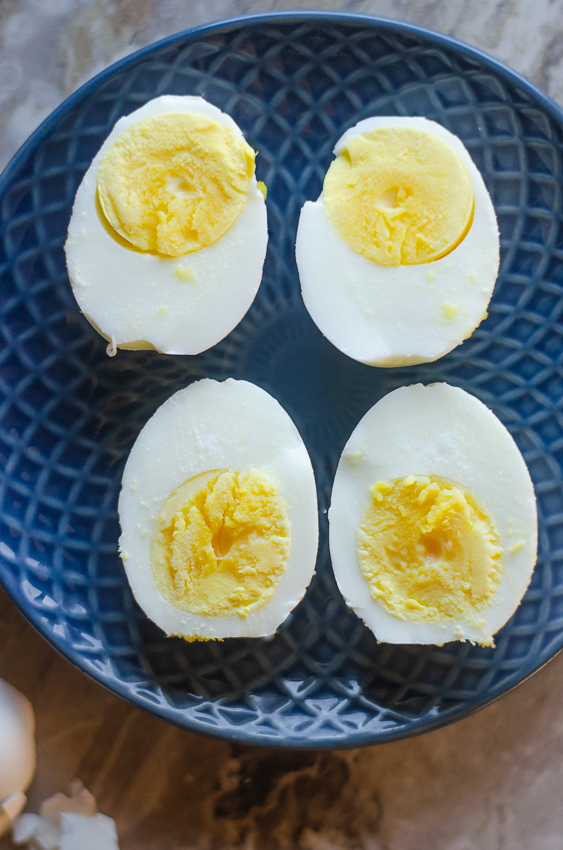 Looking for a fool-proof way to make the perfect hard-boiled eggs? This recipe is super simple and works every time! Great for keto, vegetarian and everything in between.