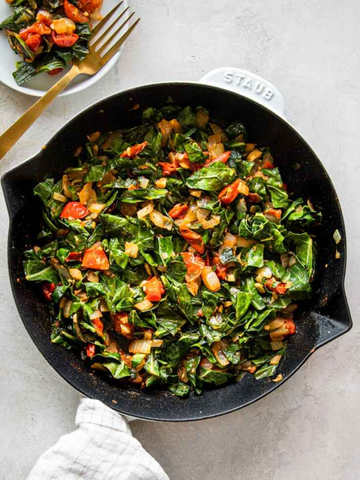 Vegan Collard Greens (Quick and Easy)