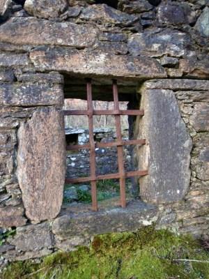 Loch Dochart Castle (1)