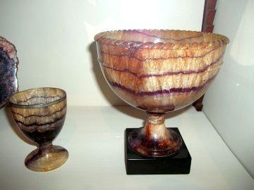 Blue John vases at Chatsworth, credit pasicles via Wikimedia