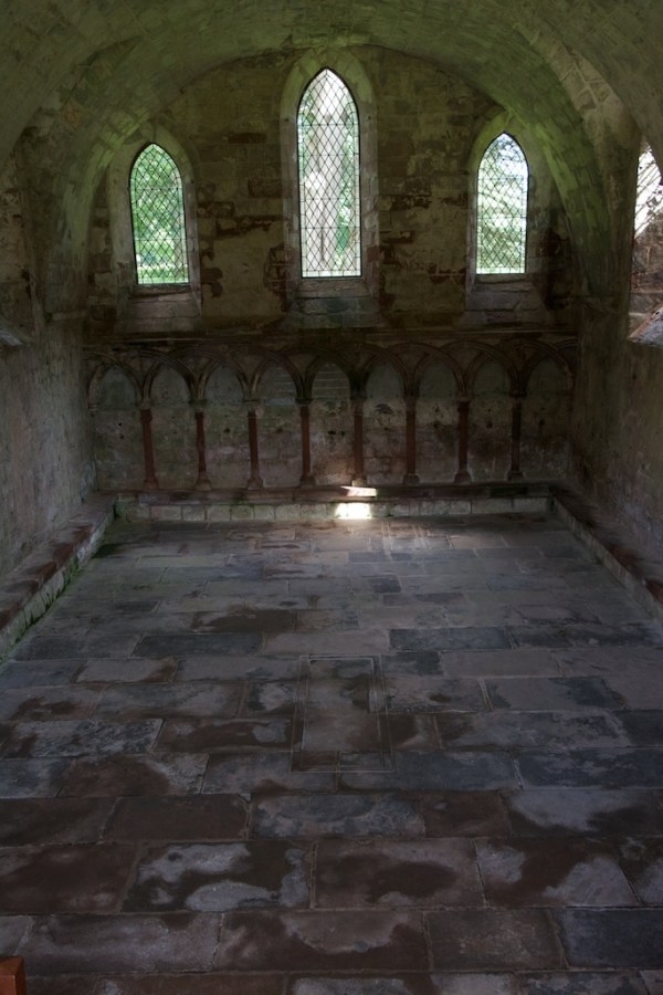 Dryburgh chapter house (28)