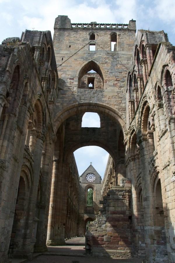 Jedburgh Abbey (36)