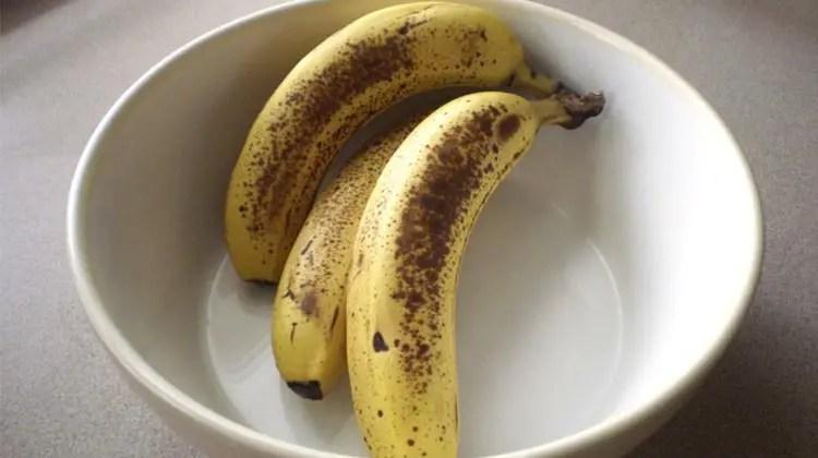 bananas black spots