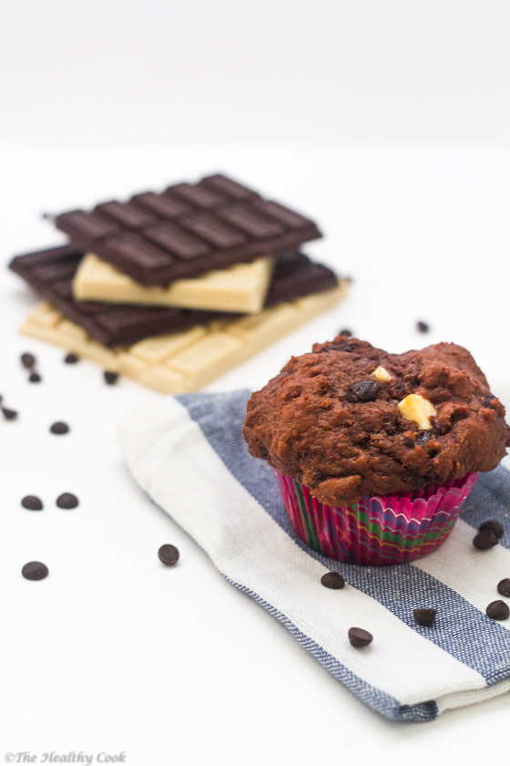 Healthier Low-Calorie Triple Chocolate Muffins – Μάφινς με 3 Σοκολάτες
