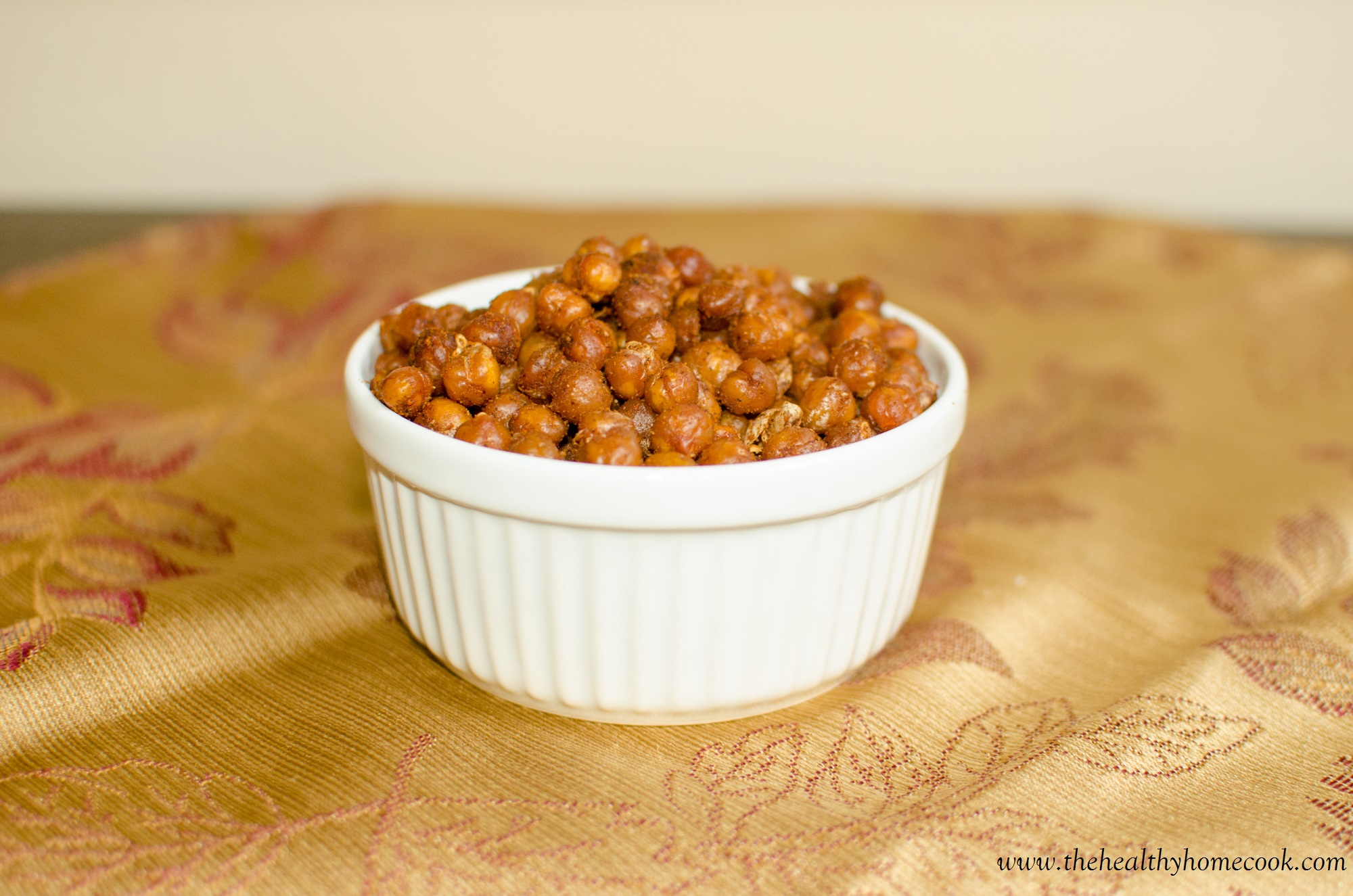 Roasted chickpeas, are a delicious savory snack that's low fat, high fiber, packed with protein, and perfect for kids and adults.