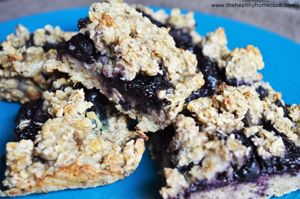 These Blueberry Chia Oat Bars are a healthy wholegrain snack for both adults and kids containing the goodness of fruit and oats.
