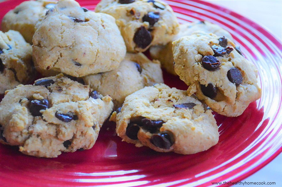 These Gluten Free & Dairy Free Chocolate Chip Cookies will be the best thing you do all day.