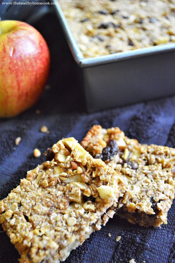 These Apple Raisin Oat Bars are another awesome apple recipe to add to your fall routine.