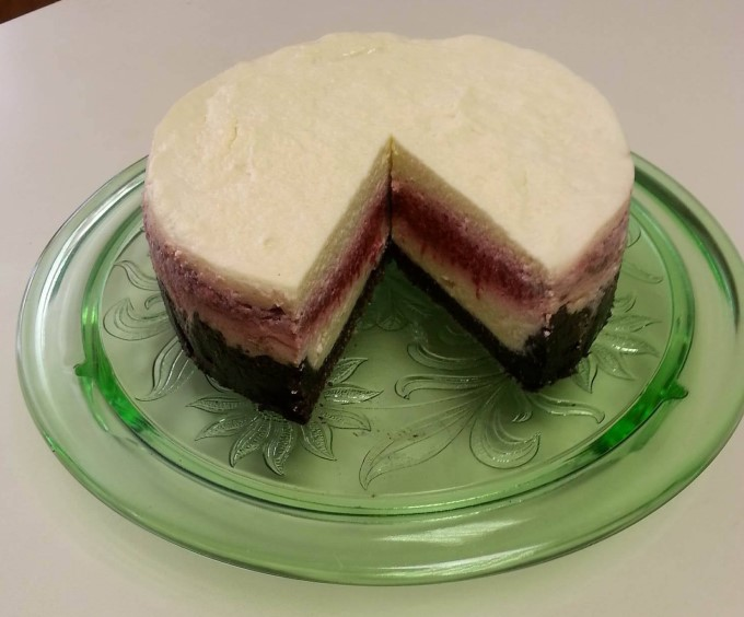 Instant Pot Raspberry Cheesecake with Chocolate Crust